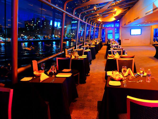纽约游轮晚餐