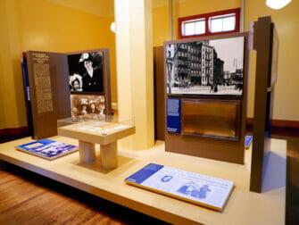 自由女神像和埃利斯岛之旅 - 展览