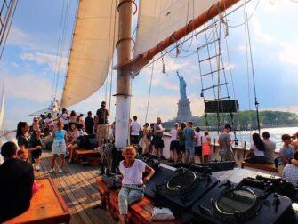 自由女神高桅帆船之旅 - 帆船