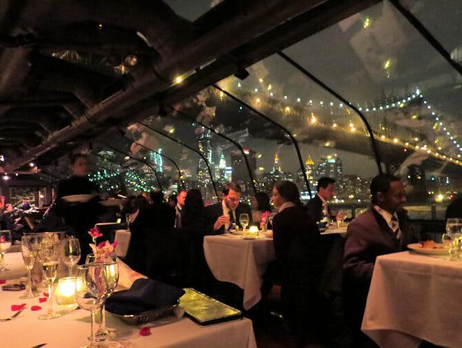纽约玻璃游船晚餐