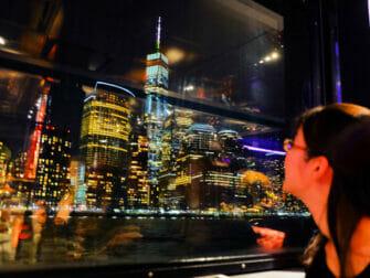 纽约游船自助晚餐 - 夜景
