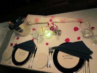 纽约情人节游船晚餐 - 浪漫晚餐