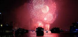 纽约跨年夜游船