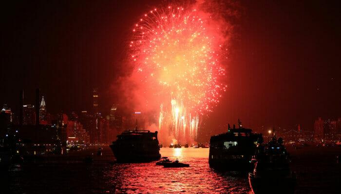 纽约跨年夜游船 - 烟花汇演