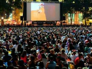 布莱恩公园免费电影