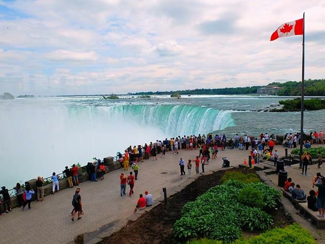 加拿大、尼亚拉加瀑布和手指湖三日游