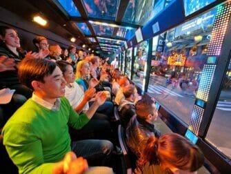 纽约The Ride观光巴士 - 内部