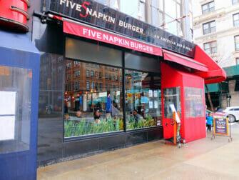 纽约最棒的汉堡 - Five Napkin Burger 1