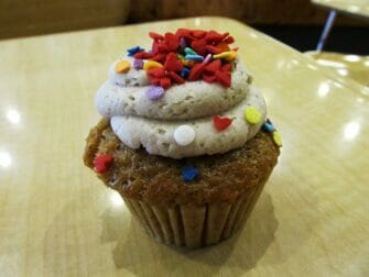 纽约最棒的杯子蛋糕 - Mollys Cupcakes