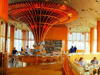 纽约最棒的屋顶酒吧 - Standard内部装潢