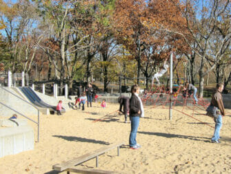 纽约游乐场 - 中央公园游乐场