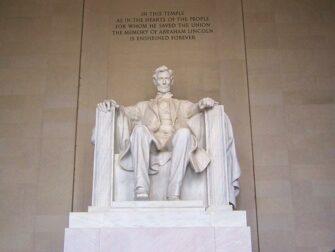 纽约至华盛顿巴士之旅 - 林肯塑像