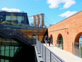 纽约布鲁克林大桥公园 - 帝国商店屋顶