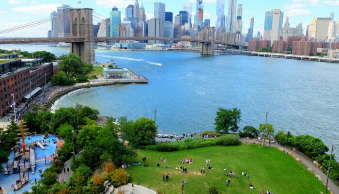 纽约布鲁克林大桥公园 - 俯瞰全景