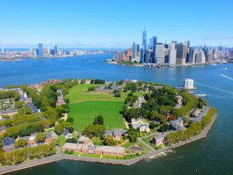 纽约直升机观光路线 - 总督岛