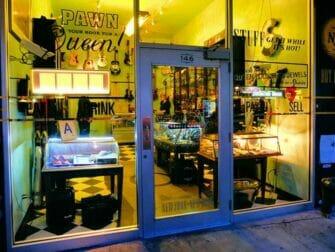 纽约的隐藏(地下)酒吧之旅 - Pawn Shop