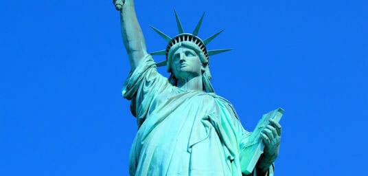自由女神像生日