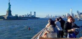 纽约欢乐时光游船