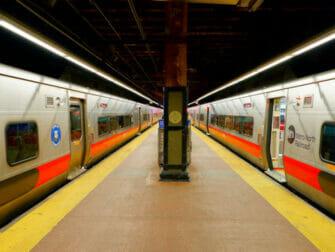 纽约大都会北方铁路 - 轨道