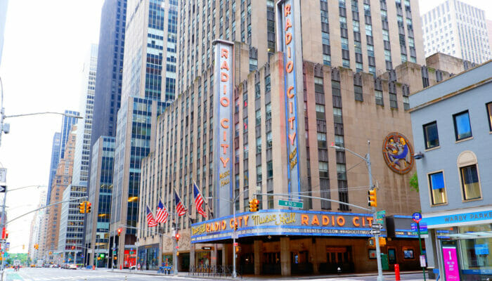 纽约无线电城音乐厅 - 外观