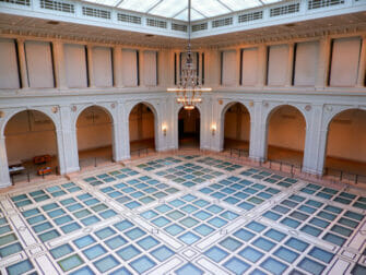纽约布鲁克林博物馆 - 布杂艺术