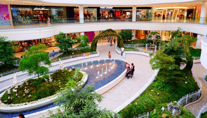 纽约附近的American Dream Mall - 内部花园