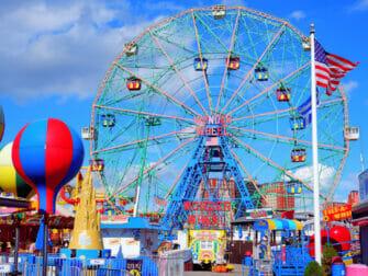 康尼岛Deno's摩天轮乐园 - 游乐园