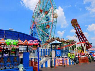 康尼岛Deno's摩天轮乐园 - 游乐项目