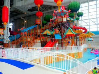 纽约附近的梦工厂水上乐园门票 - 滑梯